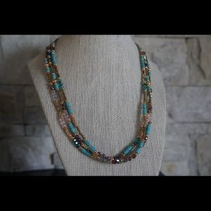 Beaded jewels necklace